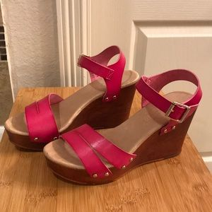 Pink wedges! Like new!